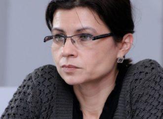 """4C o abordare """"neacademică"""" a mediului de afaceri by Gabriela Meșniță"""